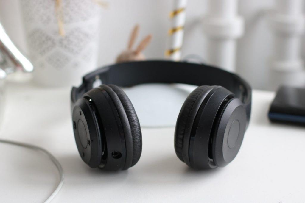 Noise Cancelling Bluetooth Headphones