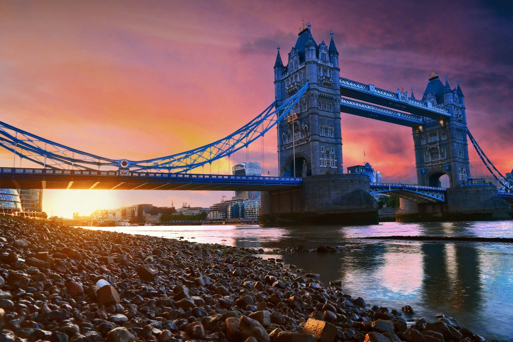 Best time of the year to travel to London, London in Autumn